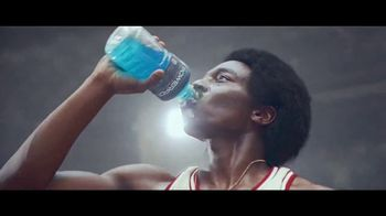Powerade TV Spot, \'Breaking Ankles\'