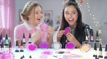 Nail-a-Peel TV Spot, 'Disney Channel: Nail Your True Style' [Spanish] - Thumbnail 1
