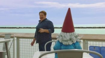 Travelocity TV Spot, 'Call of My Stomach' Featuring Casey Webb - Thumbnail 2