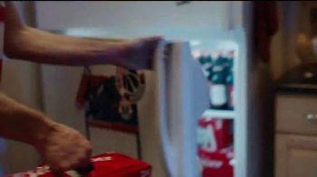Budweiser TV Spot, 'Fanáticos del baloncesto' [Spanish] - Thumbnail 4