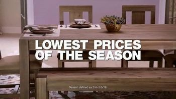 Macy's Furniture Sale TV Spot, 'Sectionals, Queen Beds and Dining Sets' - Thumbnail 3