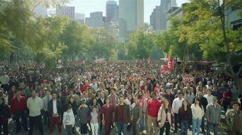 DishLATINO TV Spot, 'Multitud' con Eugenio Derbez [Spanish] - 127 commercial airings