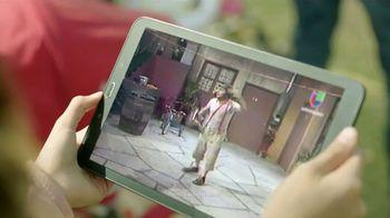 DishLATINO TV Spot, 'Multitud' con Eugenio Derbez [Spanish] - Thumbnail 6