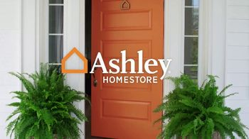 Ashley HomeStore TV Spot, 'New, Now and Wow: Older Tripton' - Thumbnail 1