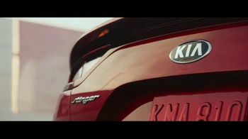 2018 Kia Stinger TV Spot, 'Change Happens and It Happens Fast' [T1] - Thumbnail 4
