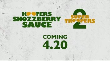 Hooters Snozzberry Sauce TV Spot, 'Coming 4.20' Featuring Chase Elliott - Thumbnail 9