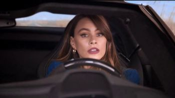 Rooms to Go TV Spot, 'Road Trip' Feat. Sofia Vergara, Cindy Crawford - Thumbnail 7