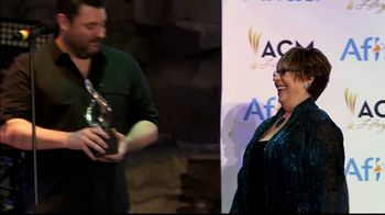 Aflac TV Spot, 'ACM Lifting Lives' Featuring Chris Young - Thumbnail 8