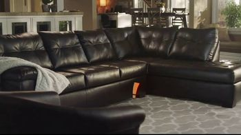 Big Lots TV Spot, 'Amber and Her Sectional' - Thumbnail 6