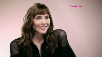 Cicatricure TV Spot, 'Lo natural' con Lorena Meritano [Spanish] - Thumbnail 3