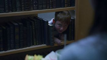 Taco Bell $5 Chalupa Cravings Box TV Spot, 'The Librarian' - Thumbnail 9