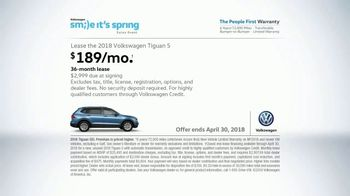 Volkswagen Smile It's Spring Sales Event TV Spot, 'Can't Help but Smile' [T2] - Thumbnail 10