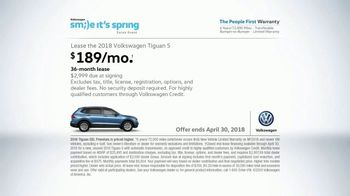 Volkswagen Smile It's Spring Sales Event TV Spot, 'Can't Help but Smile' [T2] - Thumbnail 9