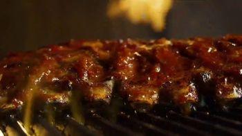 Applebee's Bigger Bolder Grill Combos TV Spot, 'I Like It I Love It' - Thumbnail 2