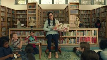 Taco Bell $5 Chalupa Cravings Box TV Spot, 'La bibliotecaria' [Spanish] - 3752 commercial airings