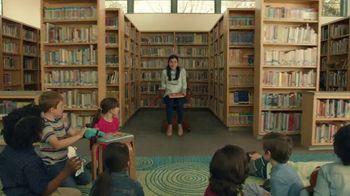 Taco Bell $5 Chalupa Cravings Box TV Spot, 'La bibliotecaria' [Spanish]
