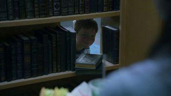 Taco Bell $5 Chalupa Cravings Box TV Spot, 'La bibliotecaria' [Spanish] - Thumbnail 9
