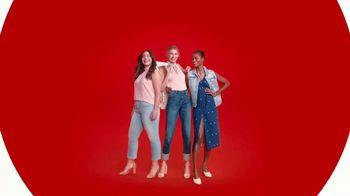 Target TV Spot, 'Cuenta con más denim con Universal Thread' [Spanish] - Thumbnail 10