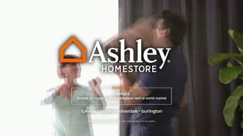 Ashley HomeStore Friends & Family Event TV Spot, 'Dining Rooms and Sofas' - Thumbnail 5