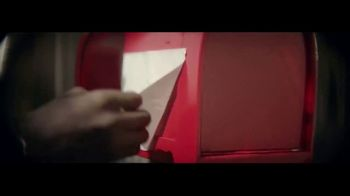 Rust-Oleum TV Spot, 'Spray New Life Into Your Next Project' - Thumbnail 8