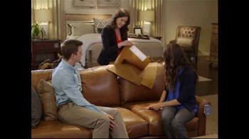 Bassett Spring Home Sale TV Spot, 'New Homeowners: 25 to 30 Percent Off' - Thumbnail 6