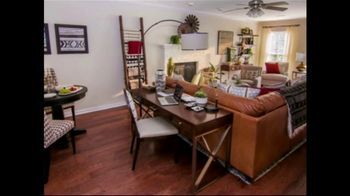 Bassett Spring Home Sale TV Spot, 'New Homeowners: 25 to 30 Percent Off' - Thumbnail 7