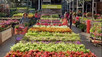 The Home Depot Spring Black Friday TV Spot, 'Garden Soil and Mulch' - Thumbnail 1