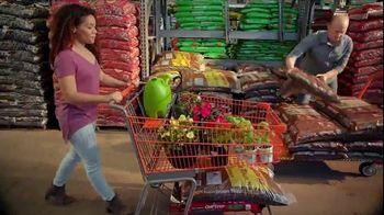 The Home Depot Spring Black Friday TV Spot, 'Garden Soil and Mulch' - Thumbnail 3