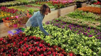 The Home Depot Spring Black Friday TV Spot, 'Garden Soil and Mulch' - Thumbnail 4
