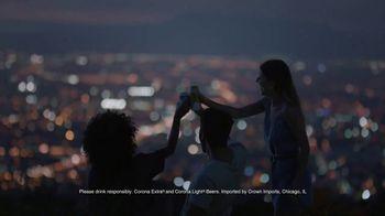 Corona Extra TV Spot, 'Corona Cans' - Thumbnail 8