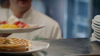 Perkins Restaurant & Bakery Strawberry Dishes TV Spot, 'Napkin' - Thumbnail 5