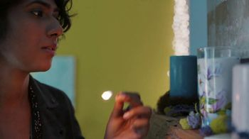 Pier 1 Imports TV Spot, 'Green Thumb or Scented Candles' - Thumbnail 2