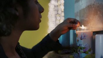 Pier 1 Imports TV Spot, 'Green Thumb or Scented Candles'
