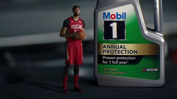 Mobil 1 Annual Protection TV Spot, 'Annoying Car' Featuring Anthony Davis - Thumbnail 4