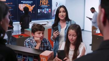 Boost Mobile TV Spot, 'Three Lines for $100 a Month' - Thumbnail 3