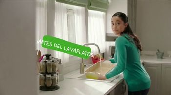 Cascade Platinum TV Spot, 'No lave antes del lavaplatos' [Spanish] - Thumbnail 2