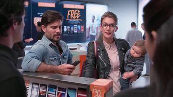 Boost Mobile TV Spot, 'Bebé' [Spanish] - Thumbnail 2