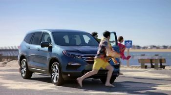 Honda Dream Garage Spring Event TV Spot, 'Spring Is in the Air' [T2] - Thumbnail 2