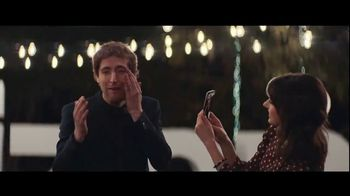 Verizon TV Spot, \'Surprise: $300 Off\' Featuring Thomas Middleditch