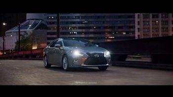 Lexus ES TV Spot, 'Una sinfonía de tecnología' [Spanish] [T1] - Thumbnail 5