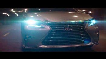 Lexus ES TV Spot, 'Una sinfonía de tecnología' [Spanish] [T1] - Thumbnail 8