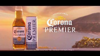 Corona Premier TV Spot, 'El balcón' canción de King Floyd [Spanish] - Thumbnail 9