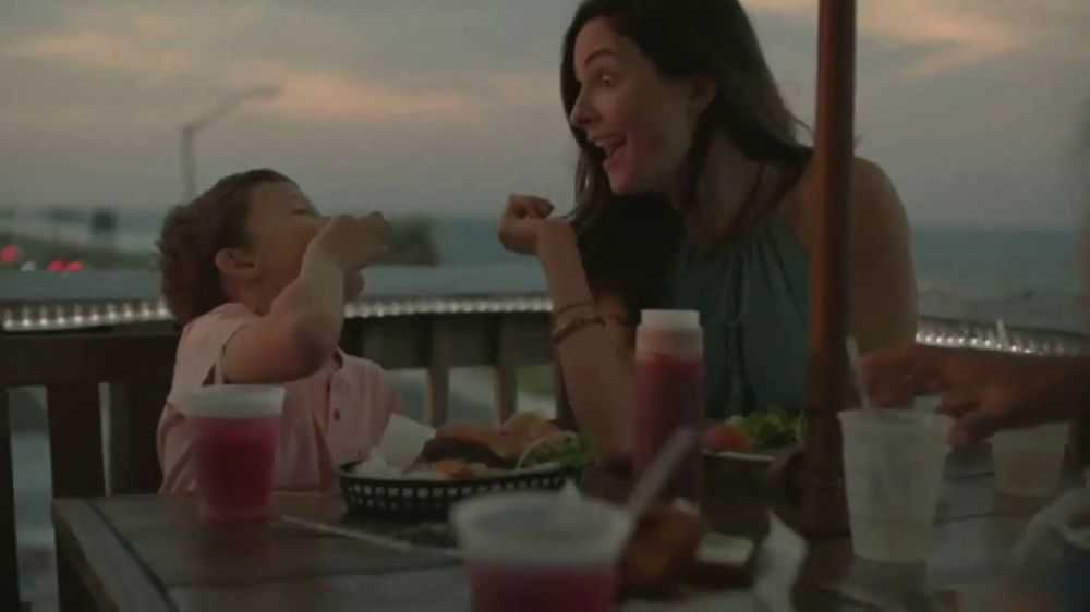 Days Inn TV Commercial, 'Seize the Days With Family'