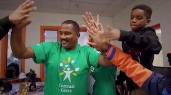 Comcast Cares Day TV Spot, 'Make the World Beautiful' - Thumbnail 3