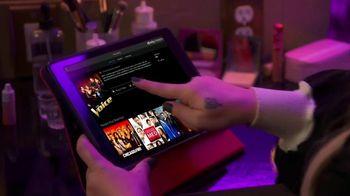 XFINITY Stream App TV Spot, 'NBC: Tearing Up' Featuring Kelly Clarkson - Thumbnail 4