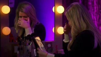 XFINITY Stream App TV Spot, 'NBC: Tearing Up' Featuring Kelly Clarkson - Thumbnail 7