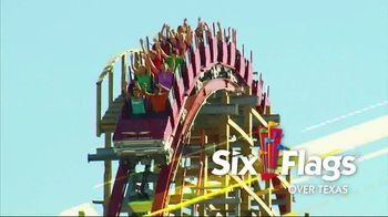 Six Flags Texas Combo Passes TV Spot, 'Go Big All Year' - Thumbnail 2