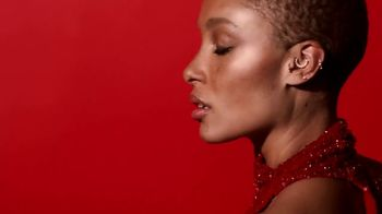 Giorgio Armani Sì Passione TV Spot, 'Another facet of Sì: Adwoa Aboah' - Thumbnail 3