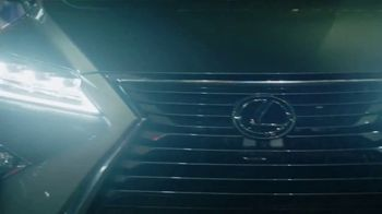 Lexus RX 350L TV Spot, 'NBC: Don't Miss the Action' [T1] - Thumbnail 9