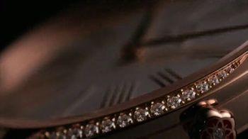 OMEGA Trésor TV Spot, 'Kaia Gerber's Choice' Song by Charlotte Gainsbourg - Thumbnail 5